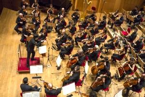 演奏:ボローニャ歌劇場フィルハーモニー